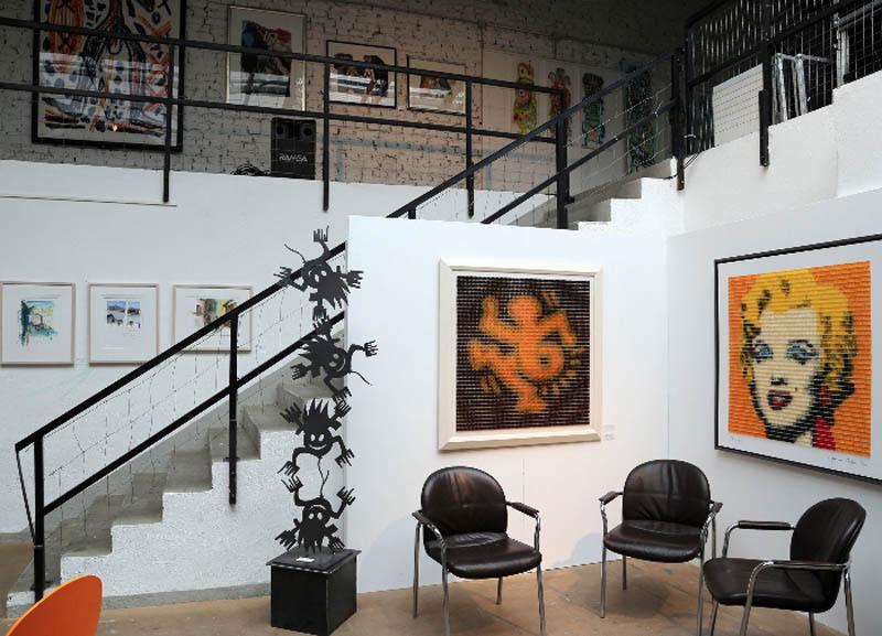 presse galerie firla. Black Bedroom Furniture Sets. Home Design Ideas